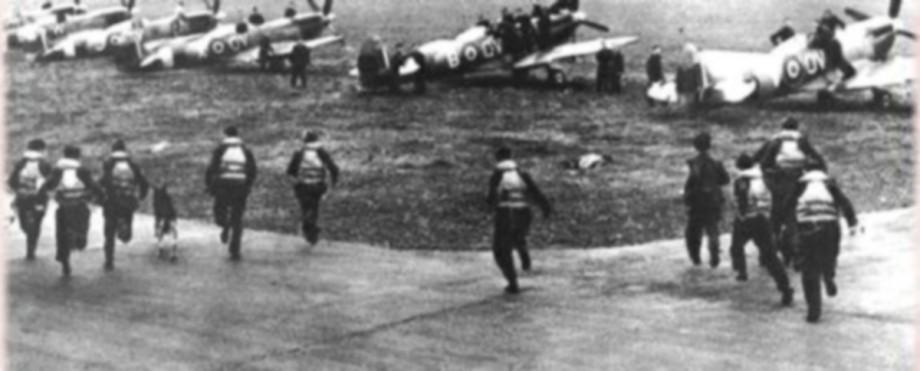 RAF Pilots Scramble - 1945!